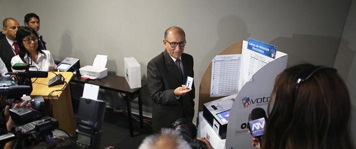ONPE pone a disposición de organizaciones políticas laboratorio de pruebas de voto electrónico