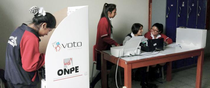 Escolares del colegio Juana Alarco de Dammert eligen hoy  a sus autoridades con voto electrónico