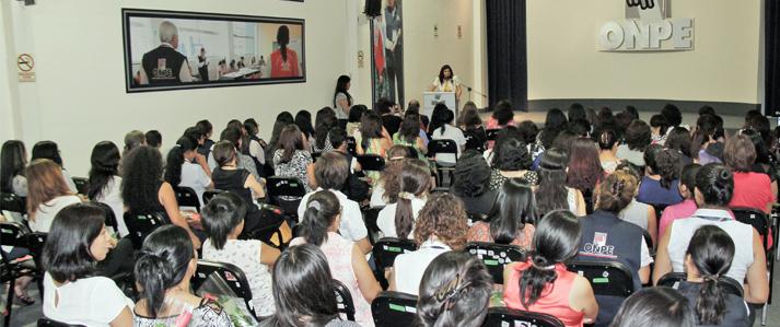 ONPE analiza avances, limitaciones y desafíos para la participación política de la mujer