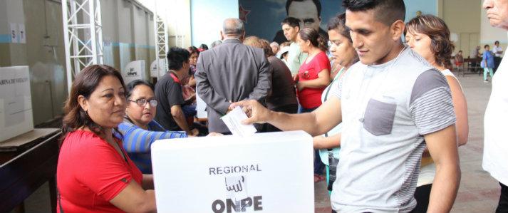 Catorce partidos políticos eligieron candidatos con asistencia técnica de la ONPE