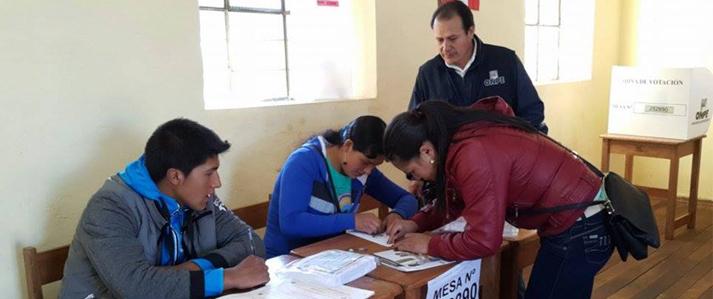 Primera mesa de sufragio para las  elecciones municipales 2015 se instaló en un distrito de Huancavelica