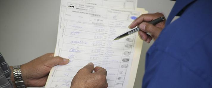 Resta menos de un mes para que promotores de revocatoria entreguen firmas de adherentes