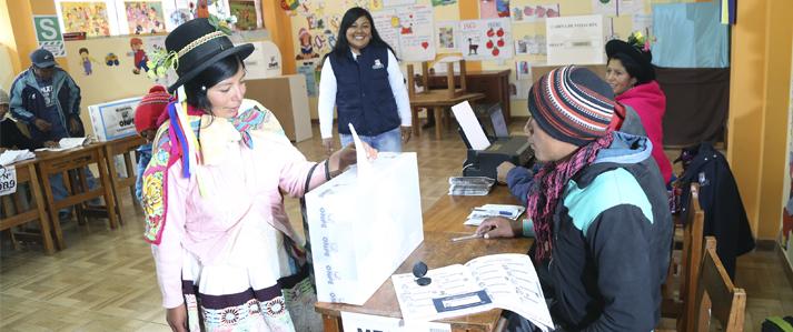 ONPE: Más mujeres que hombres votarán en nuevo distrito ayacuchano de Pucacolpa