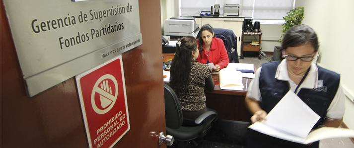 Dos informes de ingresos y gastos de campaña  electoral deberán entregar a la ONPE las organizaciones políticas