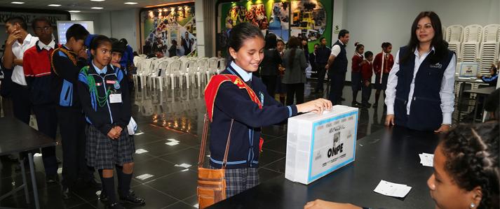 ONPE participa en elección de alcalde escolar de San Martín de Porres