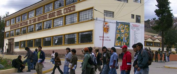 Universidad Nacional San Antonio Abad del Cusco elige su nuevo rector