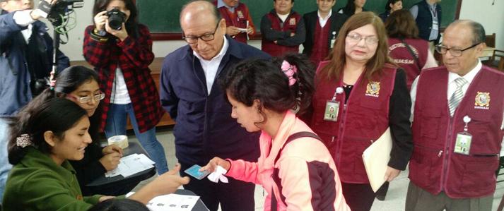 Más de 40 mil alumnos y 2 mil docentes de San Marcos eligen hoy rector y autoridades de gobierno