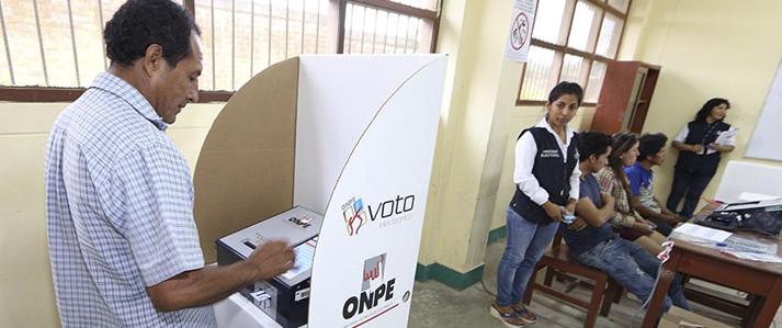 Más de 6 mil electores de Ayacucho y Ucayali elegirán a sus autoridades municipales con voto electrónico
