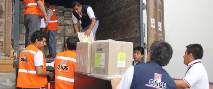 ONPE trasladó material electoral a la Cancillería para garantizar el voto de los peruanos en el exterior