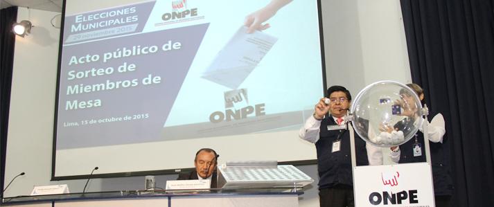 ONPE sorteó más de 700 miembros de mesa para elecciones municipales del 29 noviembre