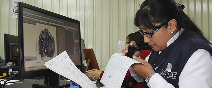ONPE pre publica reglamento de identificación de adherentes para inscripción de los partidos políticos