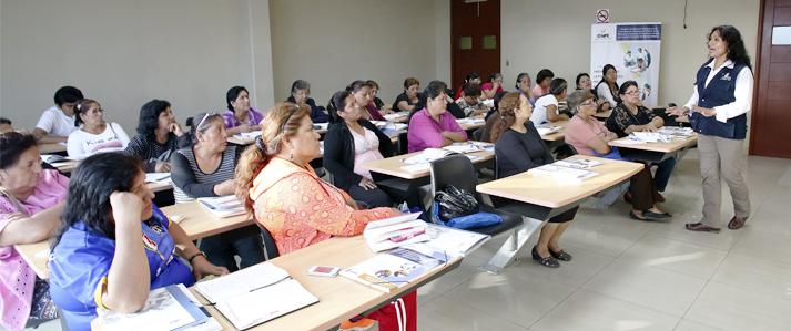 ONPE promovió participación política en 1,459 mujeres de organizaciones sociales de base de asentamientos humanos