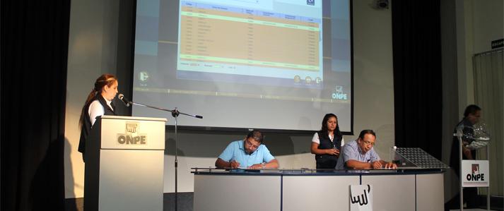 ONPE realiza simulacro oficial del sistema de cómputo electoral