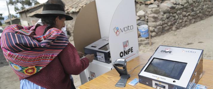 ONPE ya capacitó en voto electrónico a más del 50% de electores de Pucacolpa