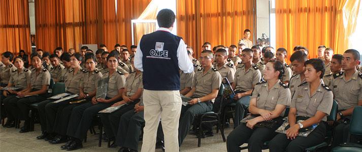 ONPE capacita a futuros policías en democracia, ciudadanía y cultural electoral