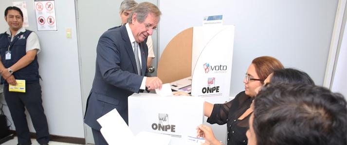 ONPE expuso a la Misión de Observación de la OEA la funcionalidad del voto electrónico