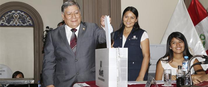 Universidad Nacional Mayor de San Marcos elige nuevo Comité Electoral Universitario con apoyo de la ONPE