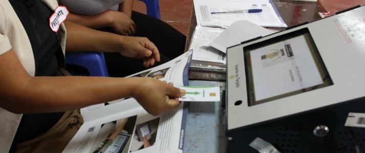 Más de dieciocho mil electores usarán el voto electrónico de la ONPE para elegir sus primeras autoridades municipales