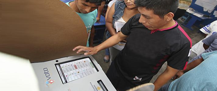 ONPE aprueba diseños de cédulas de votación electrónica y manual para elecciones municipales en tres nuevos distritos