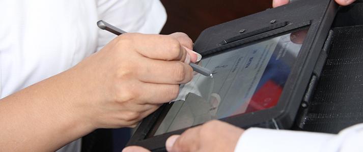 ONPE implementa tecnología para el registro y verificación de adherentes a través de la huella digital