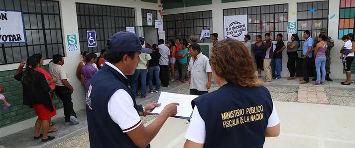 Piuranos dan ejemplo de cómo solucionar diferencias limítrofes por la vía democrática, dice Jefe de la ONPE
